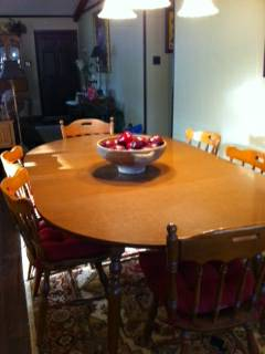 Dining Room Table and chairs -   x0024 90  Marshall  TX