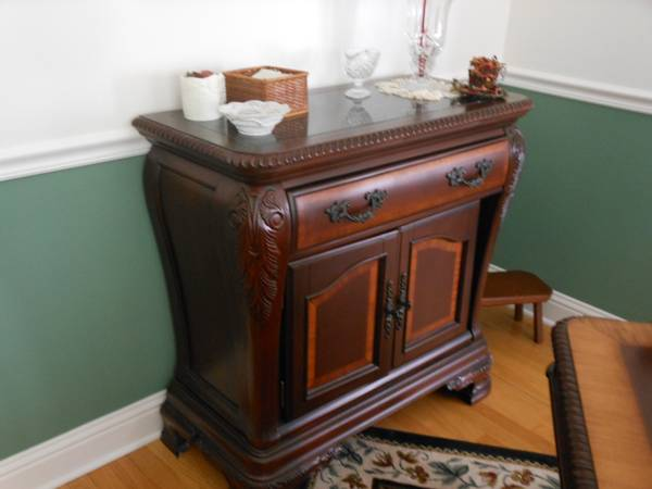 Dining Room Server, Seville, Marble Top - $455 (Longview)