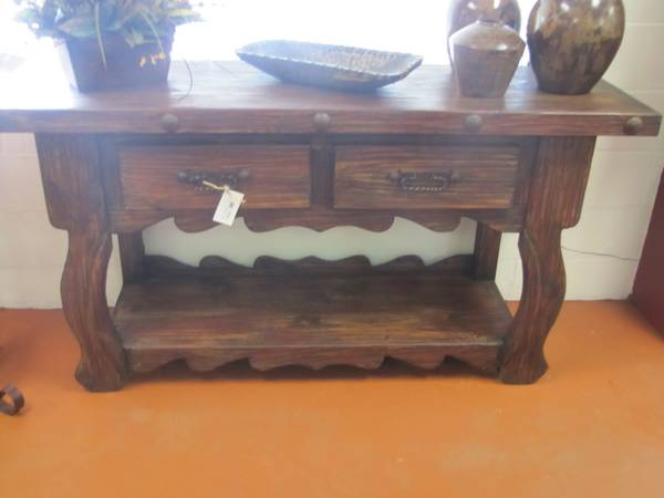 GORGEOUS RUSTIC CONSOLE TABLE -   x0024 529  CONROE  TX AREA