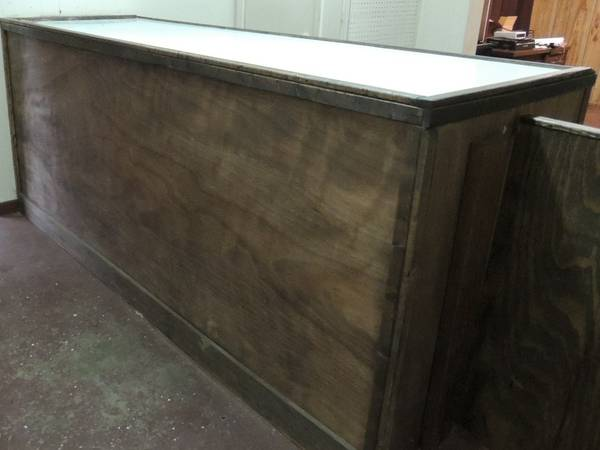 Sales Counter for Sale -   x0024 125  Crockett