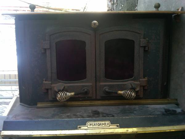 Fireplace Insert with Blower for sale -   x0024 500  garrison
