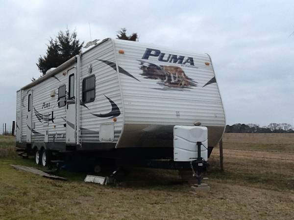 2010 Puma Bumper Pull RV For Sale - x002415000 (Carthage, TX)