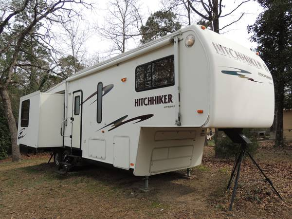 2000 Hitchhiker II 5th wheel RV -   x0024 10000  Woodville