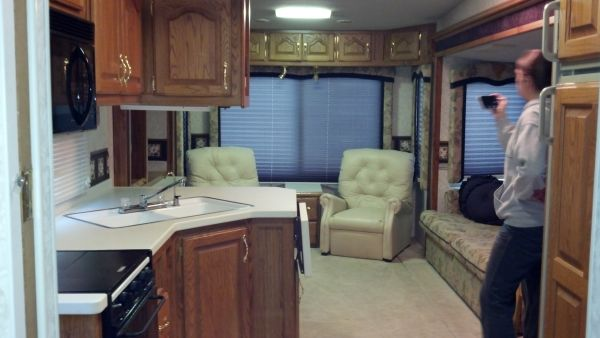 2000 avion westport 5th wheel 38 ft - $13500 (east tx)