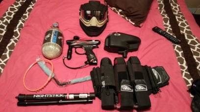 Paintball gun  extras - $400 (Longview)