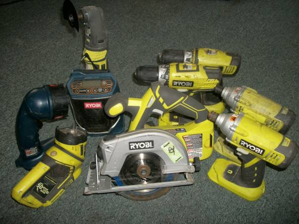 Ryobi 18v Coordless Tool Collection -   x0024 300  Huntington  Meet