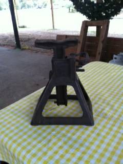 Antique 2 Ton Jack stand -   x0024 45  Burke