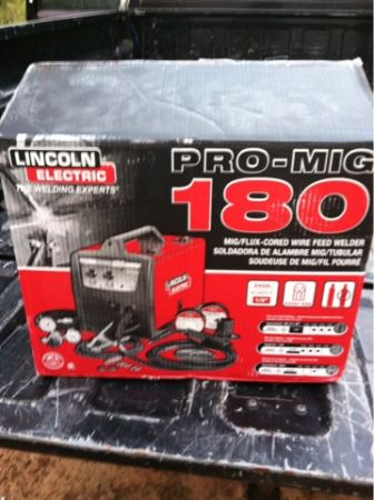 New Lincoln Electric PRO-MIG 180 Welding Machine - $600 (Pollok, TX)
