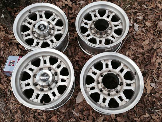 American racing 8 hole wheels  -   x0024 300  Nacogdoches