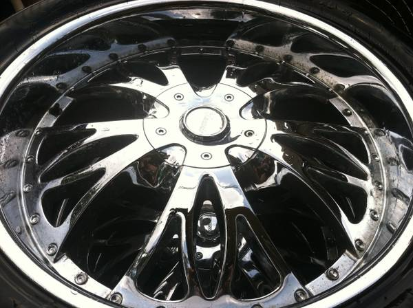 Rims Chevy 8 lug Toyota universal (Livingston tx)