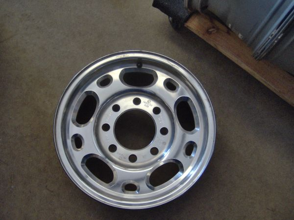4 Chevy,GMC Factory HD. Alum.8 lug Wheels - $375 (Nacogdoches,Tx.)