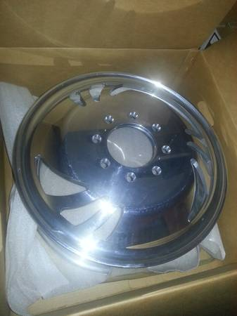 New Brentz aluminum 19.5 dually wheels - $1500 (Caldwell)