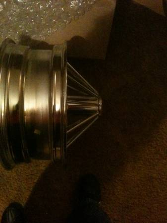 Swangas brand new in the box 17 inch gorilla Swangas - $1950 (Nacogdoches )