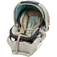 REDUCED  Graco snugride 35 car seat  2 years old -   x0024 30  Davenport road