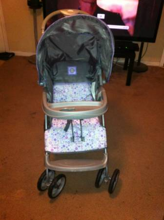 Stroller and carseat set  -   x0024 45  Lufkin