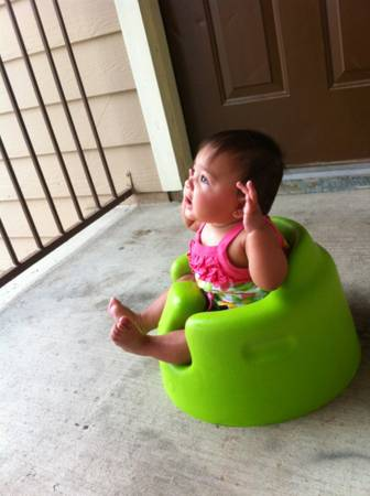 Green bumbo chair -   x0024 20  Lufkin