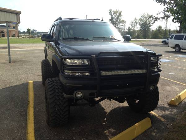 Chevrolet Z71 Tahoe Maxed Out - $22000 (Joaquin, Texas)