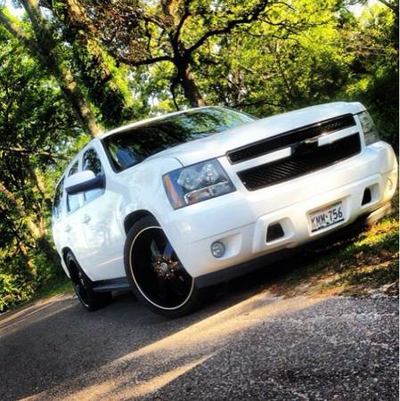 2007 Chevy Tahoe lowered on 24s -   x0024 17000  Lufkin