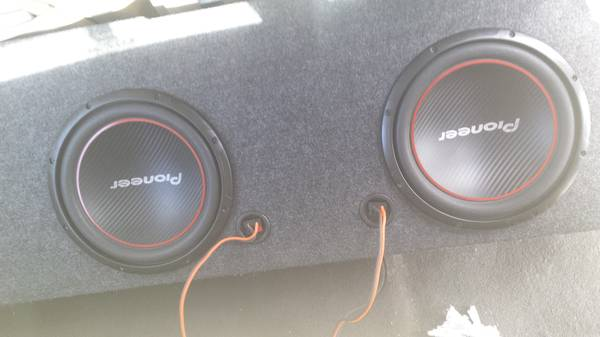 speakers amp and box  -   x0024 300  lufkin
