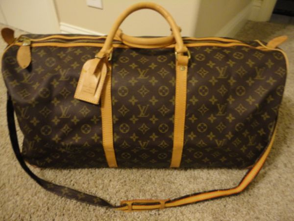 Louis Vuitton Carry All Luggage Bag - $100 (Lake Sam Rayburn (Zavalla))