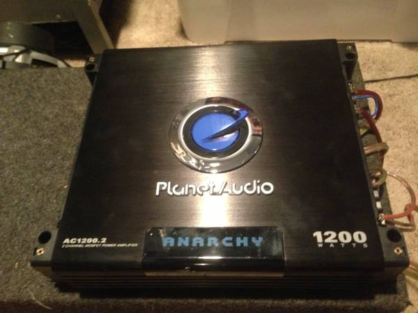 1200 Watt Planet audio Amp - $100 (Nacogdoches)