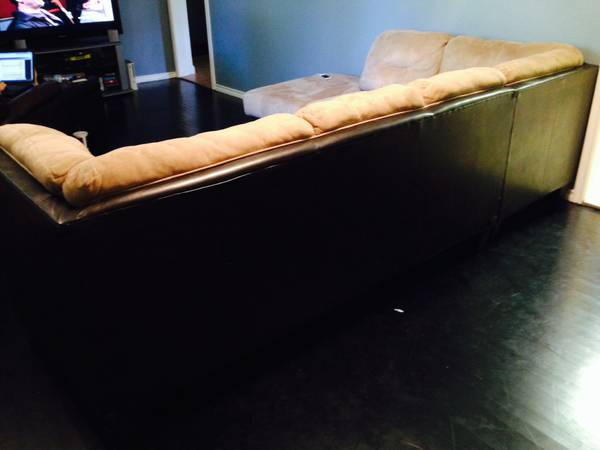Weirs Ultra Suede and Leather Sectional Couch- Great Condition - $700 (Dallas)