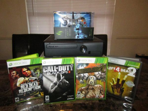 Xbox 360 Elite and 4 Awesome Games (Lufkin)