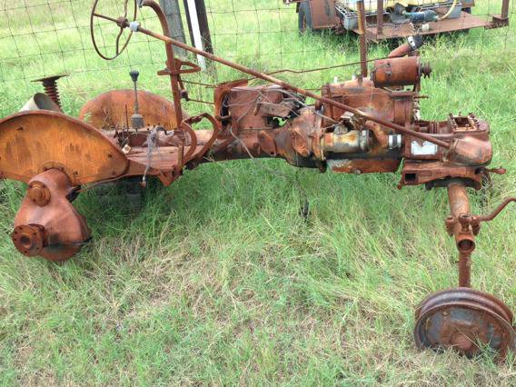 another farmall cub tractor for parts - $400 (diana tx)