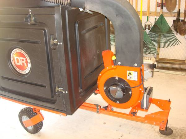 DR LAWN LEAF VACUUM FOR ZERO TURN MOWER - $1400 (WILLIS, TX)