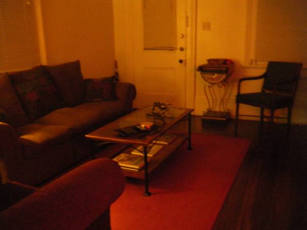 - $521 1200ftsup2 - Female Roommate Wanted (Marigny)