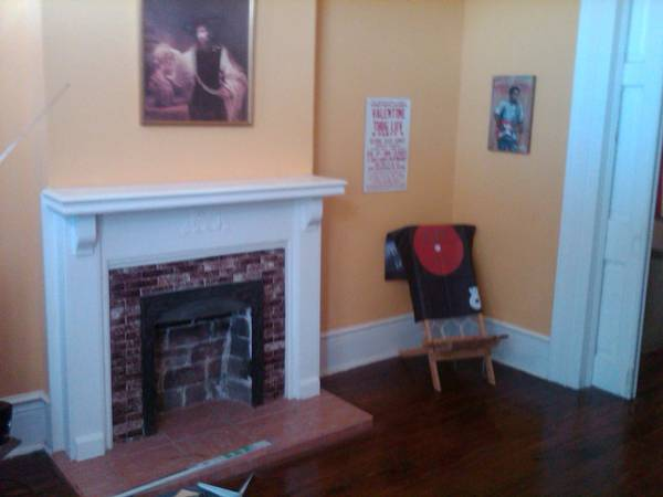 x0024 625   1br - Great Mid City Apartment  625 with February paid  Mid City