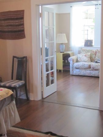 $975 1br - Beautiful Spacious Uptown Apartment (Webster and Constance)