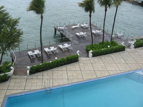 1br - 950ft sup2  - trade my south beach miami  for your french quarter  s beach