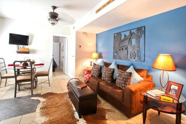 - $150 3br - Lovely Uptown House - Walk to Restaurants, Streetcar to French Quarter (new orleans )