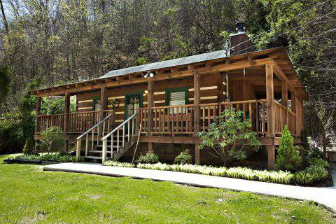 - $99 1br - 700ftsup2 - Smoky Mountain Cabin (GatlinburgPigeon ForgeSevierville, TN)