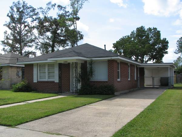 $950 3br - 950ftsup2 - 3 BED 1 BATH HOUSE IN KENNER (1243 ROOSEVELT)