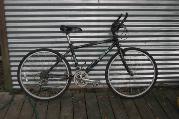 Trek Moutain bike with street tires - $50 (Hammond, La)