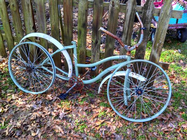 Huffy Beach Cruiser Project Bike - x002415 (Mandeville)