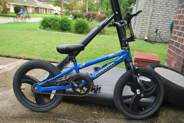 BIKE 18 BMX TONY HAWK - $75 (RIVER RIDGE HARAHAN)