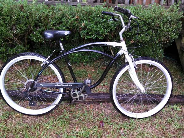 SCHWINN RIVERSIDE 7 SPEED BEACH CRUISER BIKE - $100 (Mandeville)