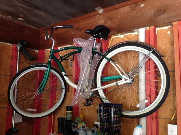 2 Schwinn Legacy Cruiser Bike Bicycle (Red Green) - x0024215 (New Orleans)
