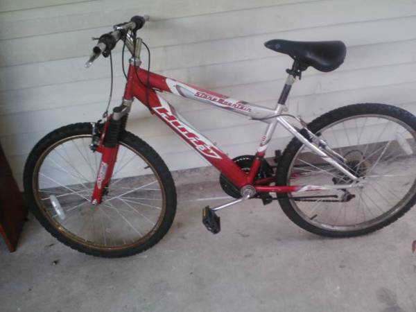 24 HUFFY STONE MOUNTAIN 18 SPEED MTN BIKE - $30 (METAIRIE)