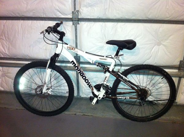 Mens Mongoose XR-200 All-Terrain Bike - $150 (Slidell, LA)
