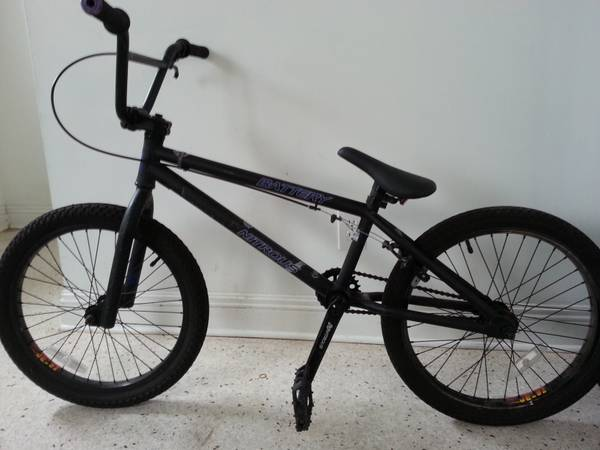 BMX BIKE- EASTERN BIKES - $150 (New Orleans)