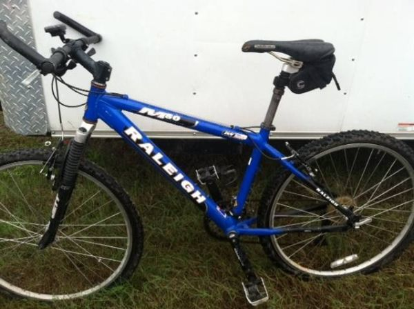 Raleigh M80 mountain bike - $250 (Hammond)