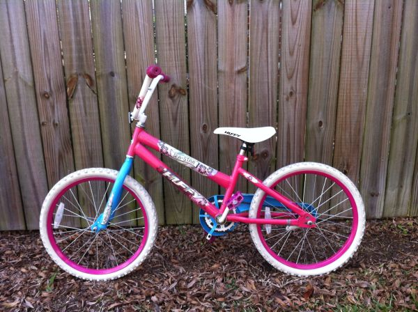 Huffy Sea Star Fun in the Sun Bike Bicycle 20 - $25 (Mandeville)