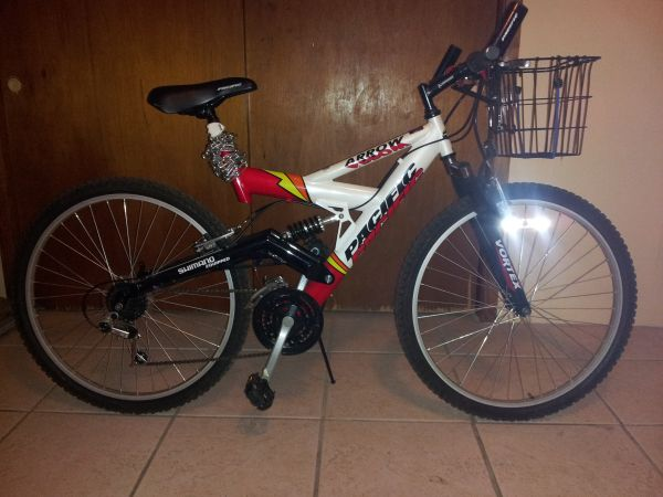 Pacific Arrow mountain bike - $150 (Mid-City)