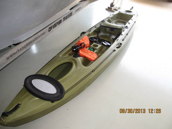 Kayak, Future Beach 14 fishing - $225 (covington,la)