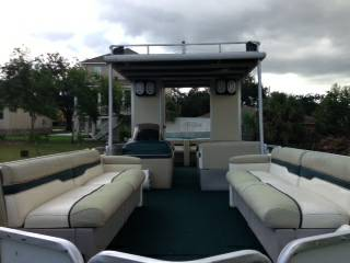 30 ft Party Hut- double decker LOUD Radio - $14500 (Lakeview)