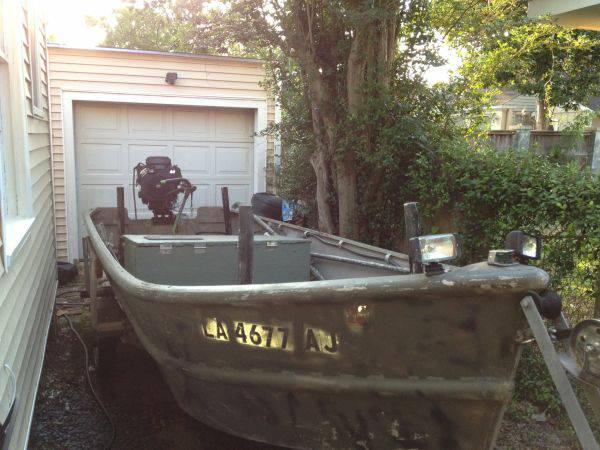 GO-DEVIL BOAT, MOTOR, AND TRAILER - $3500 (Houma)